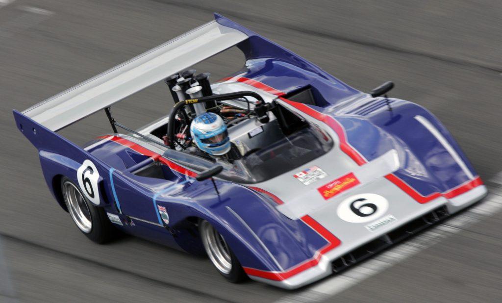 McLaren M8