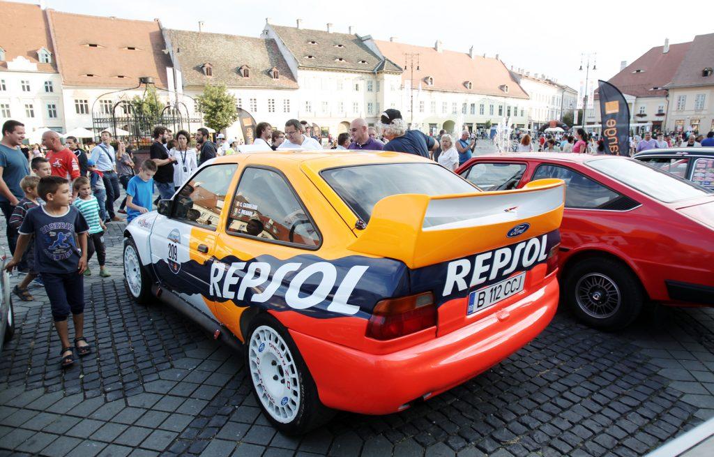 Costel Cășuneanu/ Carmen Poenaru - Ford Escort WRC (1996)