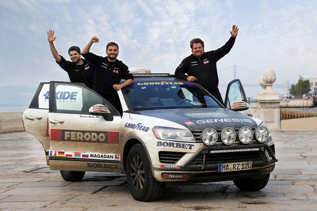 Federal-Mogul_World Record Drive