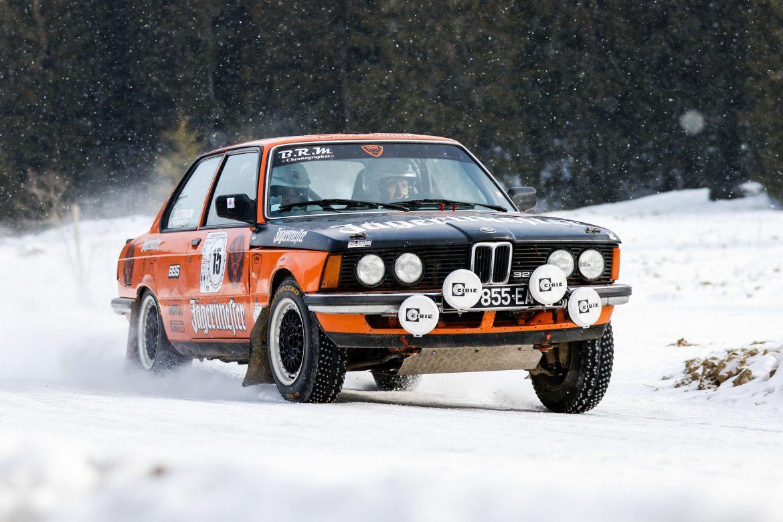 Loc 3: Yvan Mirand/ Jean Toussaint De Gentilio_BMW 323i. FOTO: Attila Szabo/motorclasic.ro
