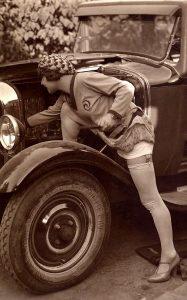 98ed0411b79c7332aa2e03533ab0d3d2-vintage-classic-cars-vintage-auto