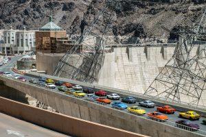 USA-Tour anlässlich des 50. Opel-GT-Geburtstages, Mai 2018. Opel-GT-Parade auf der Staumauer des Hoover-Damm, Nevada.