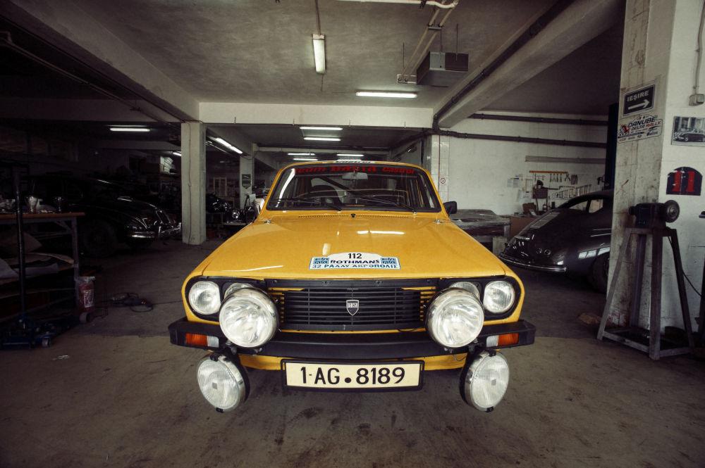 Start pe Acropole...după 30 de ani cu Dacia 1300