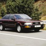 Puterea, confortul și sobrietatea caracterizau Audi-ul V8 acum 30 de ani