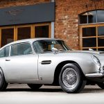 Aston Martin-ul DB5 al lui James Bond va fi scos la licitație