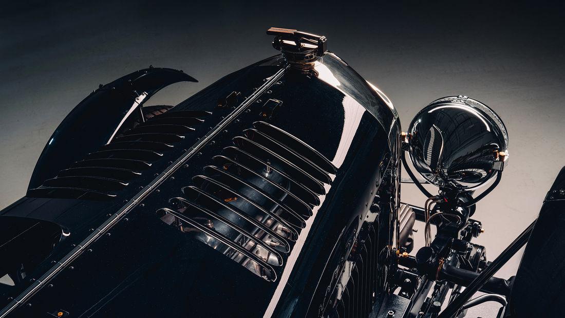 Bentley prezintă primul Blower din seria de 12 unități Continuation Series