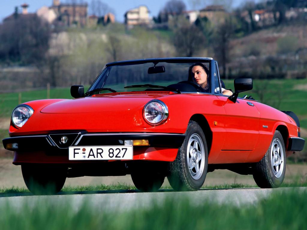 Celebrul Alfa Romeo Spider a serbat de curând 55 de ani