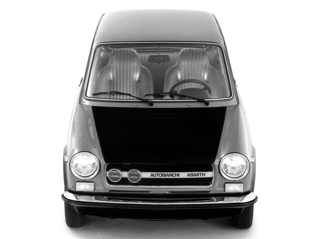 Mini sportivul Autobianchi A112 Abarth aniversează 50 de ani